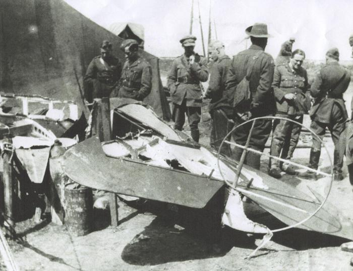 Photo, nd 40, The remains of Baron Von Richtofen's plane on the ground after being shot down. Taken by L. de S. Duke.