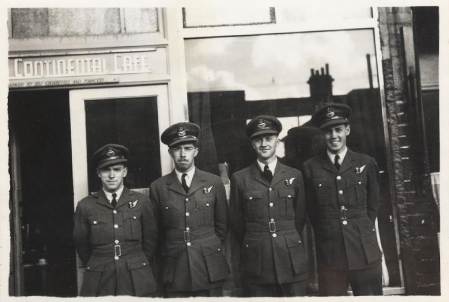 Group.1942.07.