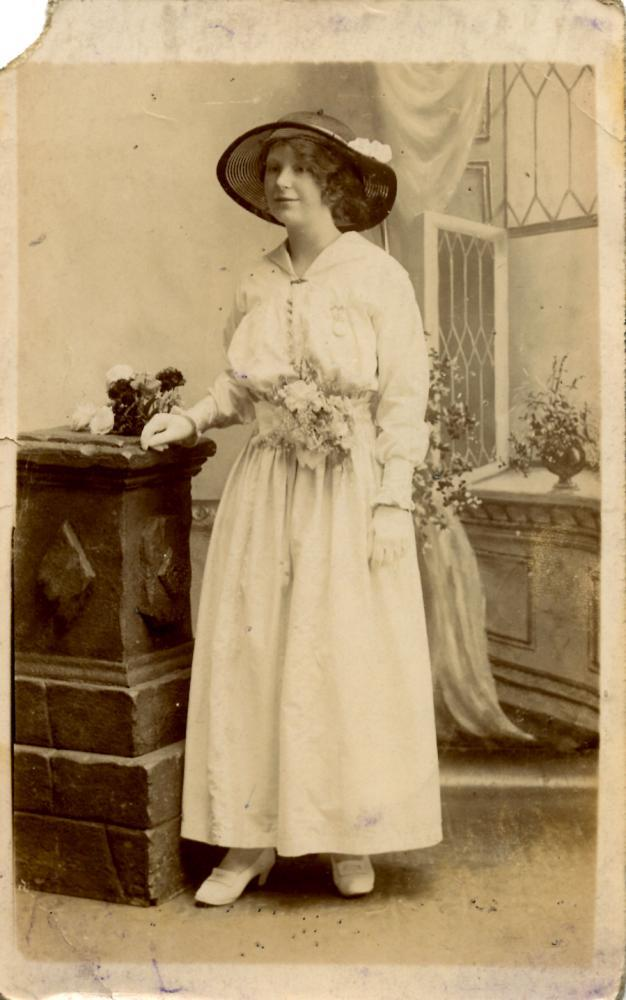 Portrait of a woman, front